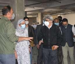 Atal Dulloo visits construction site of New Pediatric Hospital Bemina