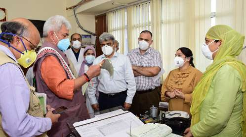 Lt Governor conducts surprise visit to GMC Jammu