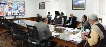 Lt Governor interacts with applicants through videoconferencing; issues on spot directions for disposal