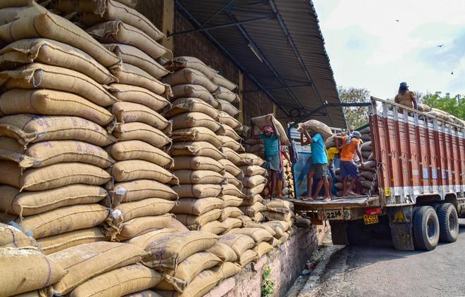 How India's grain policies have stoked FCI's debt binge