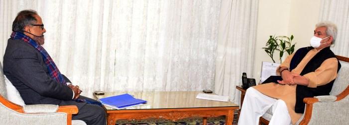 Former Dy CM calls on Lt Governor