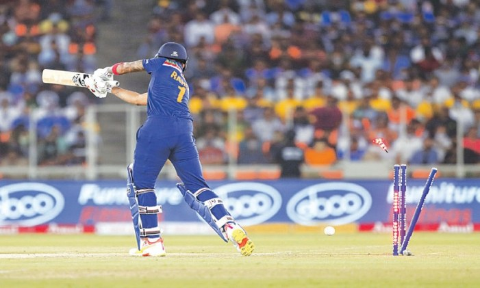 Archer, Roy help England steamroll India