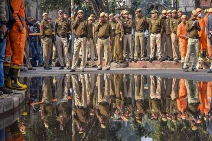55 People Detained For Roaming Suspiciously In Karol Bagh During 5-Hour Search: Police