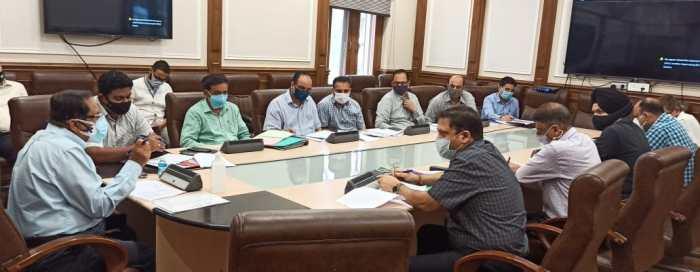 Efficient services to the public should be resolve of public service departments: Advisor Bhatnagar