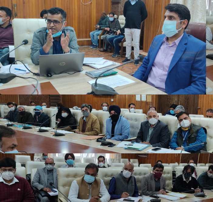 DC Srinagar holds meeting on formulation of District Development Plan