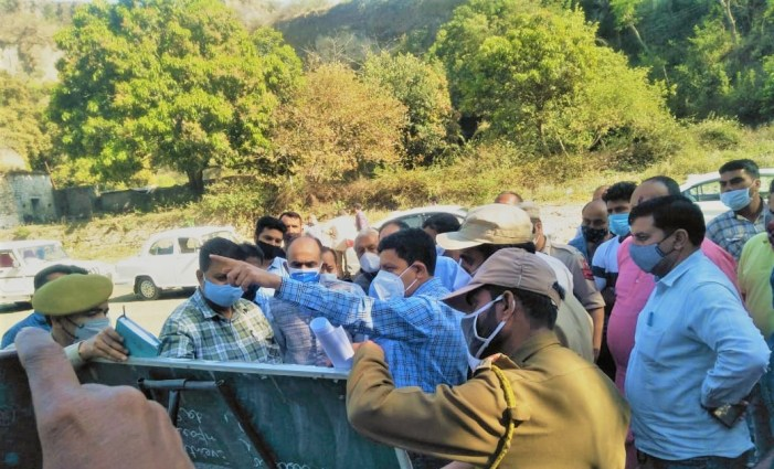 Sanjeev Verma visits Purmandal, inspects works on Biodiversity Park, other water conservation activities