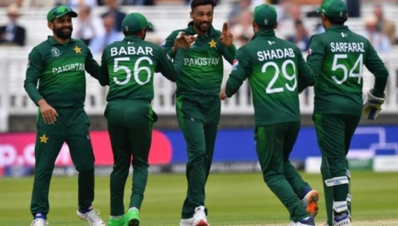 Three players, eight officials of Pakistan squad clear Covid test