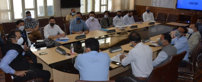 Advisor Baseer Khan discusses issues and demands of tourism stakeholders with concerned deptts