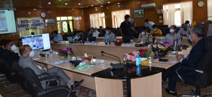 Justice Magrey chairs, first of its kind, seminar organised by DLSA Budgam
