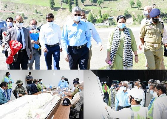 Union Secretary RT&H visits Sonamarg