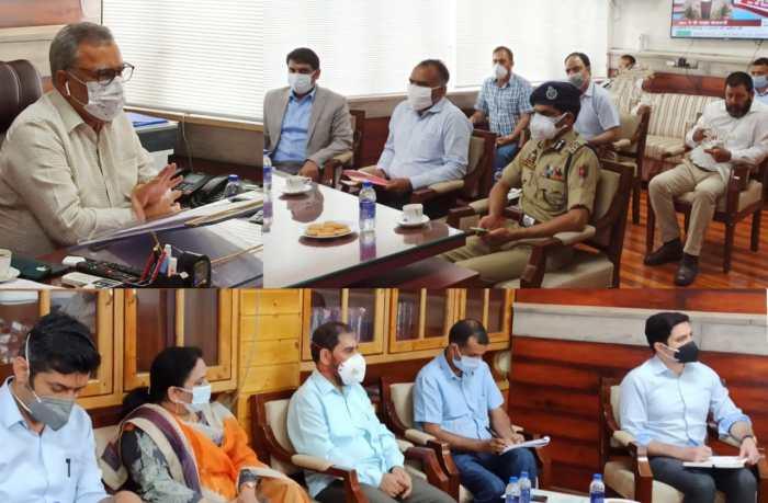 Advisor Khan takes stock of Eid arrangements