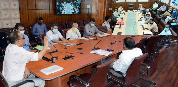 Officers to be held responsible for laxity, unscheduled power outages: Rohit Kansal