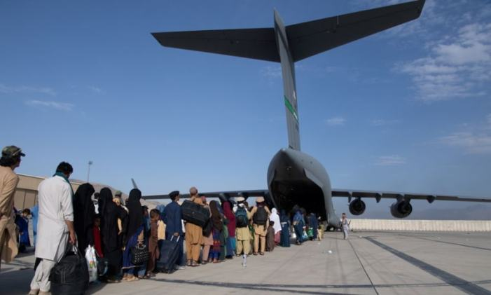 Western nations warn of terror threat at Kabul airport