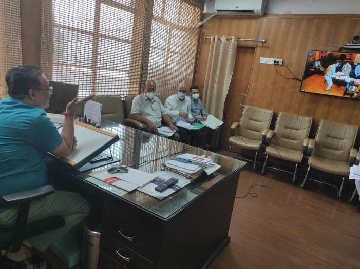 Navin Choudhary reviews implementation of NAIP-III in J&K