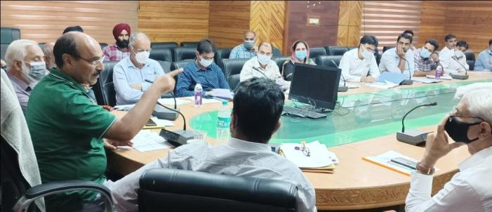 Director Agriculture Kashmir reviews functioning of Departmental Farms