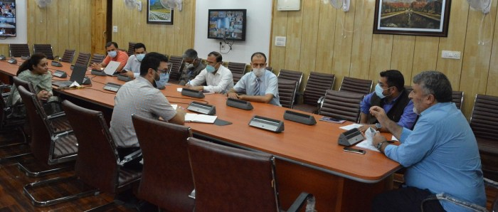 Dr Samoon holds meeting regarding implementation of MSDE's Covid Crash Course for Corona warriors