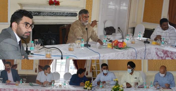 Union MoS Jal Shakti reviews functioning of Jal Shakti Deptt, FPI