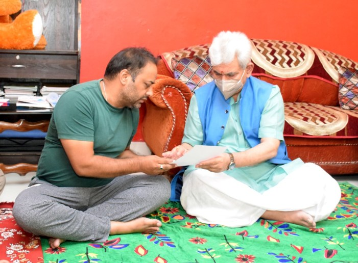 Lt Governor visits family of Deepak Chand