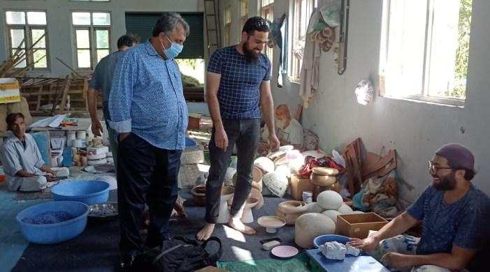 Samoon reviews functioning of Craft Development Institute, Srinagar
