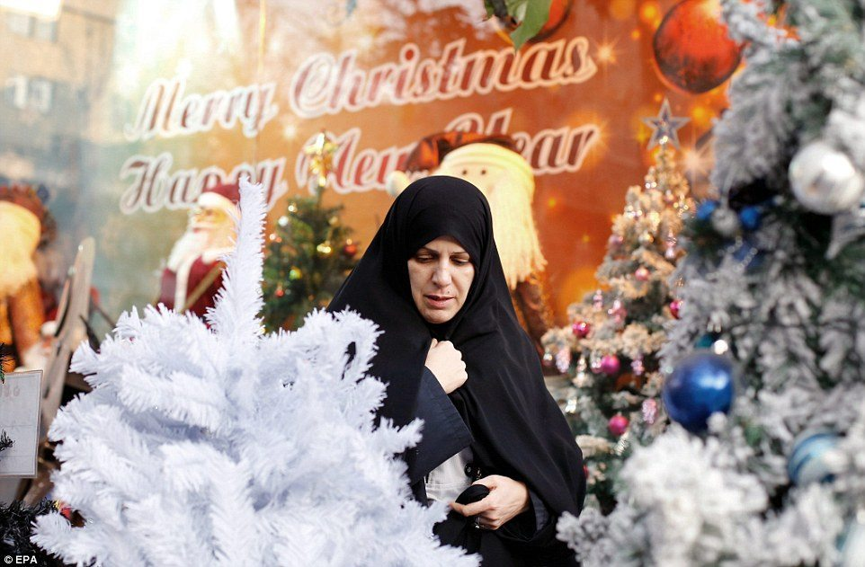 10 tips for navigating the Christmas holiday as a Muslim