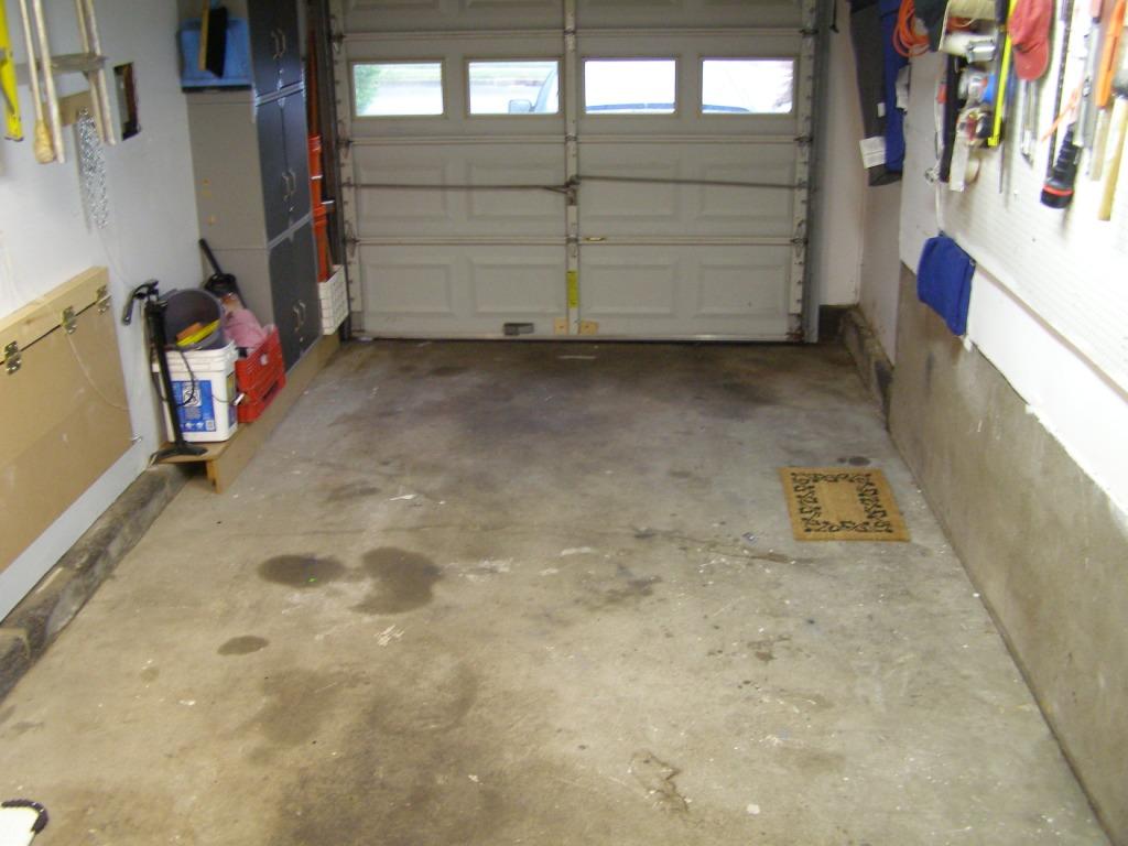 RacedeckWeathertech garage floor tiles  The Mustang