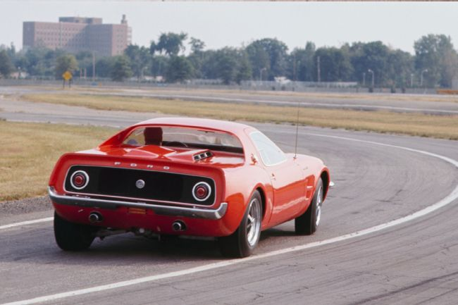 ford-mustang-mach-2