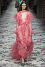 Milan-Fashion-Trends-2016-What-are-the-biggest-Spring-Summer-inspirations-Gucci