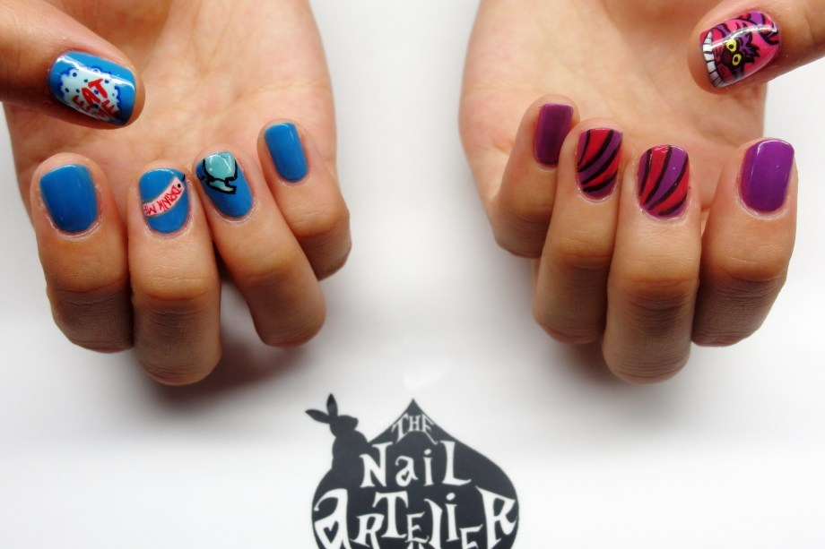 nail art cheshire cat