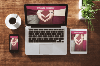 Four Factors to Consider when Choosing an Adult Dating Website