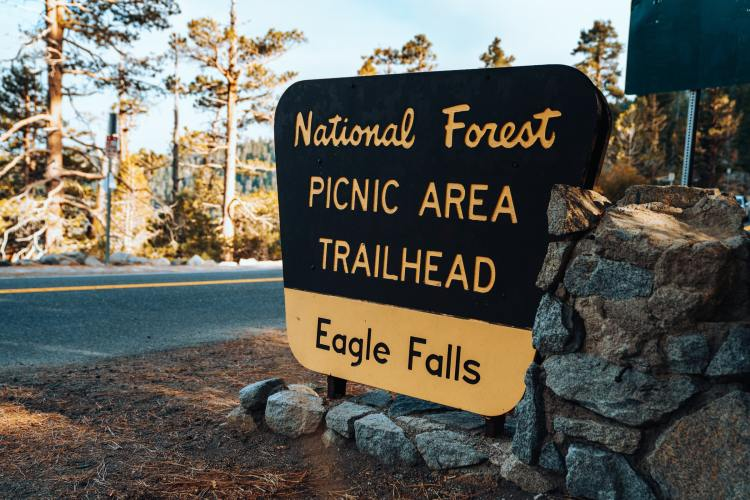 Trailhead sign in Tahoe National Forest