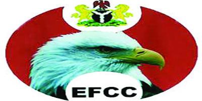 EFCC grills pilot who flew N1.299b cash for Fayose, Obanikoro