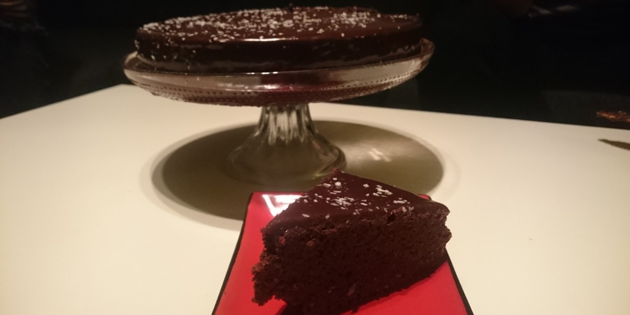 Gourmet oil-free chocolate cake