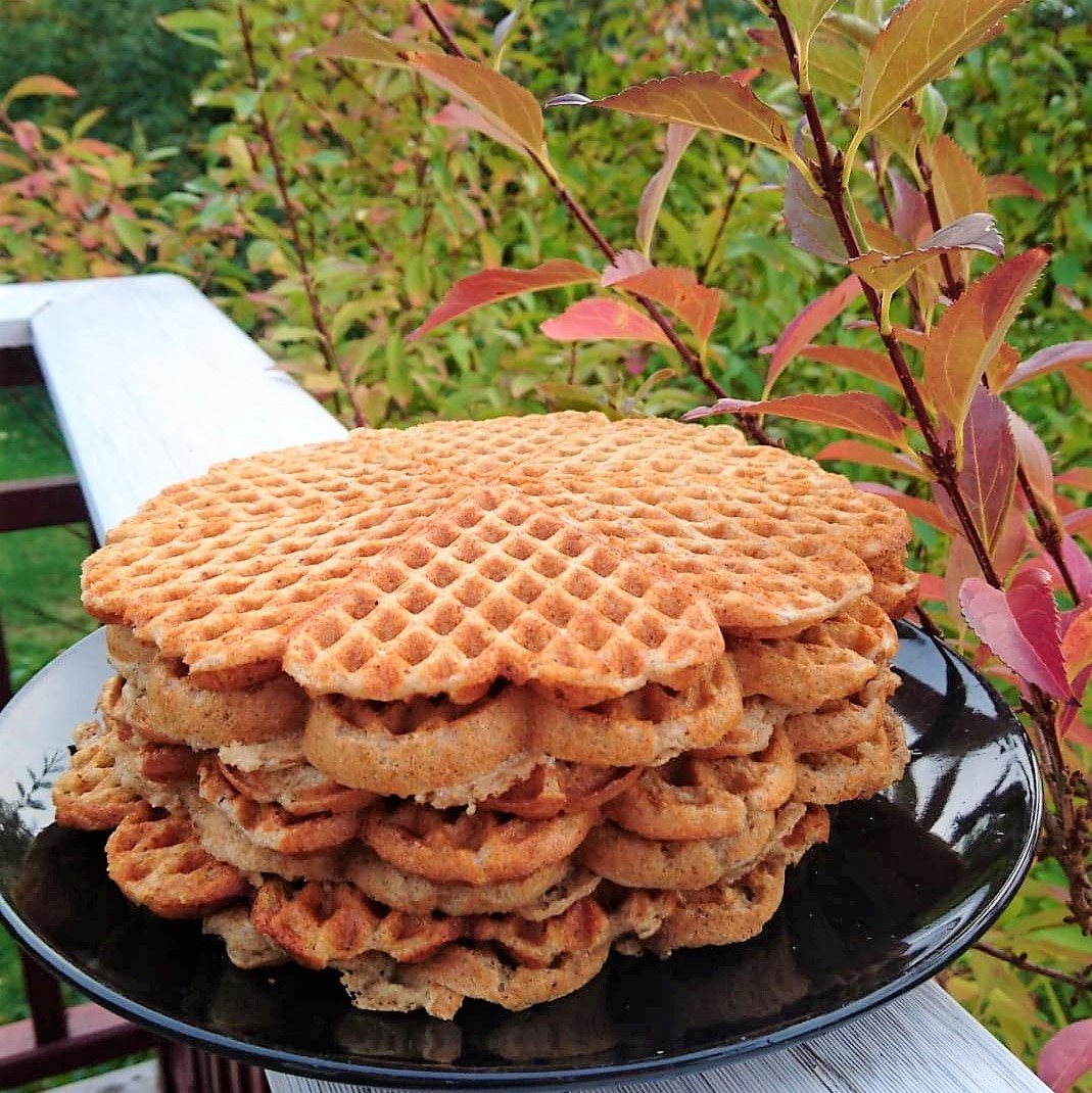 Tasty gluten-free and sugar-free waffles