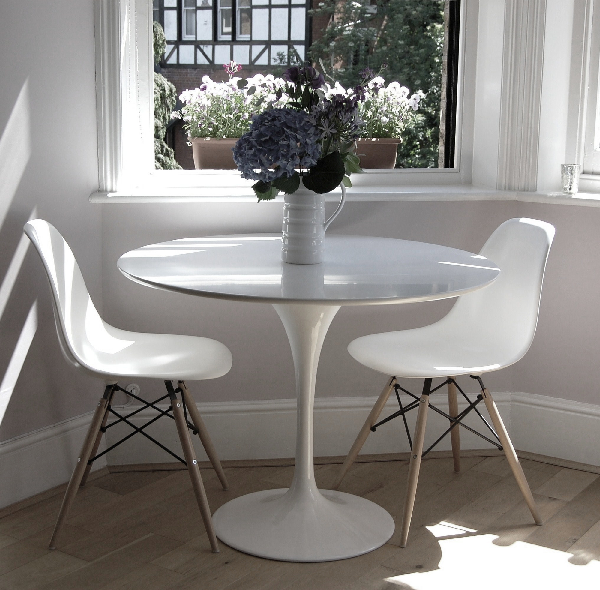 Tulip Table And Chairs Tulip Dining Table 90cm The Natural Furniture Company Ltd