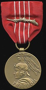 This image has an empty alt attribute; its file name is 150px-Medaloffreedom.jpg