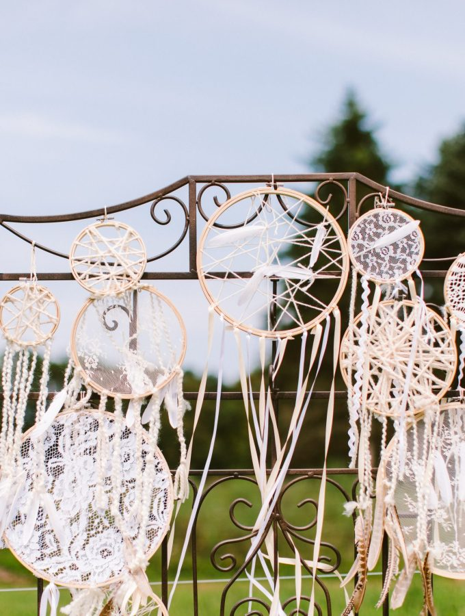 DIY Lace Wedding Dreamcatchers