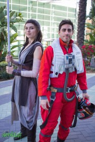 Rey and Poe Dameron (@kyrramarie and @mrleozombie)
