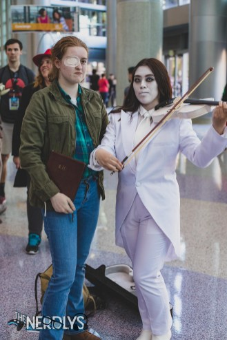 Leonard and Vanya (@amwallacecosography and @jemb_cosplay)