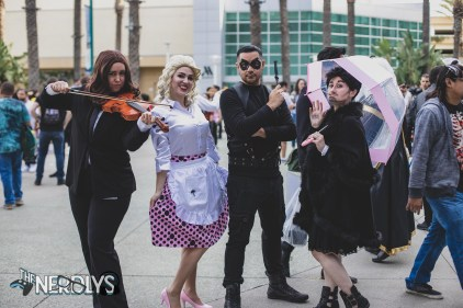 Umbrella Academy (@troubled_tina_cosplay, @coocachoo_cosplay, @the.mike.knight, and @ladyraegun