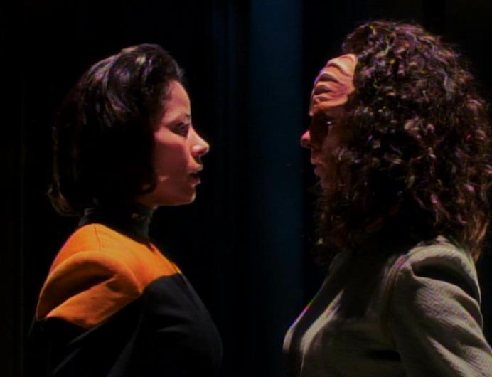 Belanna_human-klingon,_faces