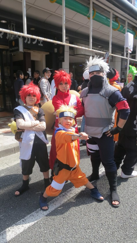 These cosplayers of Naruto were actually a family. It's adorable to see a family of nerds participating together.
