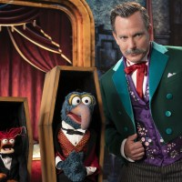 New Trailer for 'Muppets Haunted Mansion' Materializes
