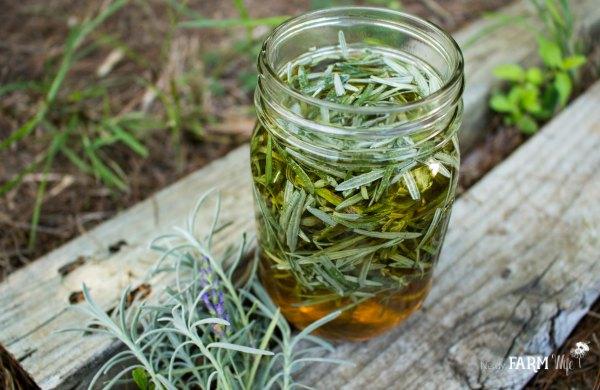 6 Uses For Lavender Leaves