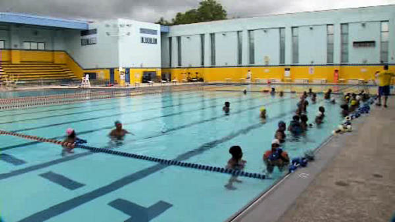 Newark U0026 39 S Cooling Centers And Public Pools Open In Advance