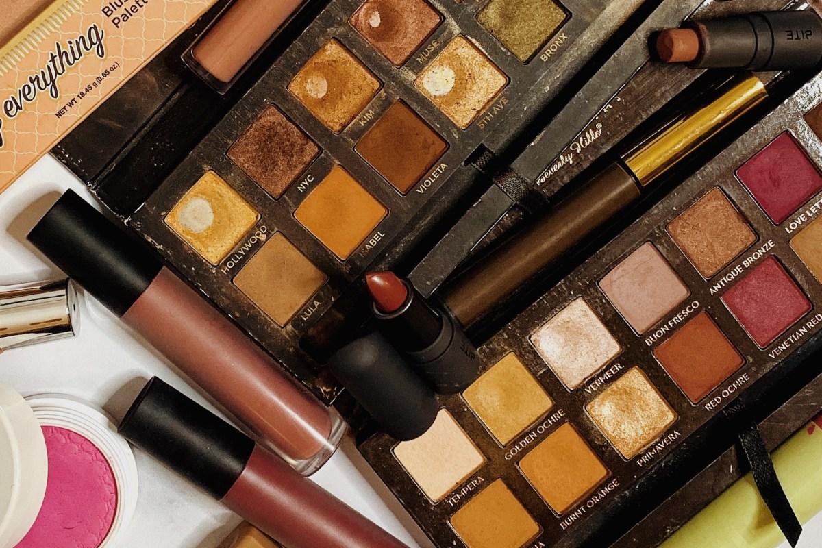 Huge Fall Beauty Declutter 2019 | Eyeshadow Palette Declutter