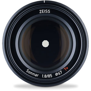 Zeiss-85mm-F1.8-Lens-image