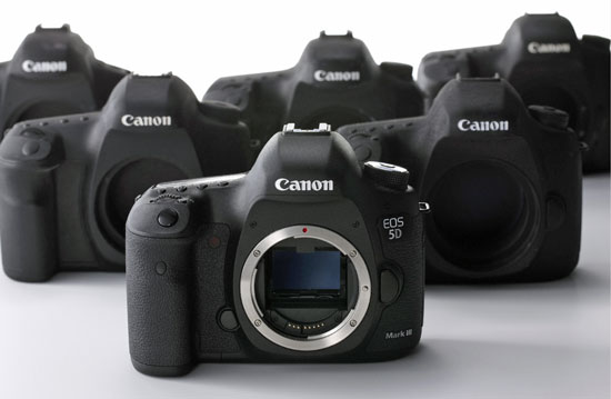 Canon 5D Mark IV coming