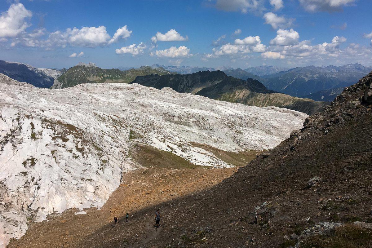 Hiken van Zwitserland naar Oostenrijk