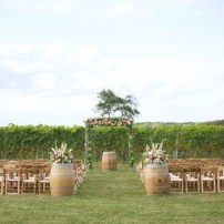 new-england-vineyard-wedding-48