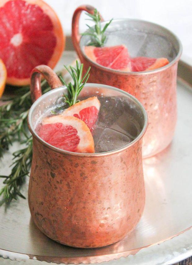 21 Winter COcktails | The Newport Bride